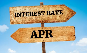 What's a difference between Interest RATE VS APR