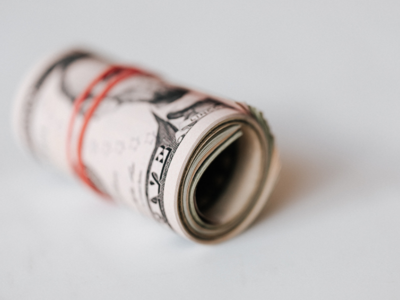 Benefits and risks of money market funds